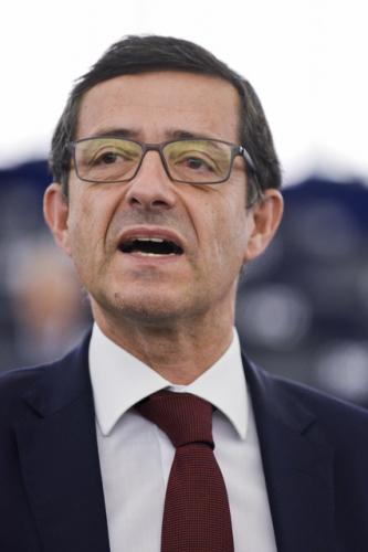 Carlos Zorrinho questiona Comissão Europeia sobre autenticação única